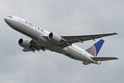 Boeing 777-222 (N773UA)