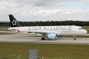 Airbus A320-214 (OE-LBX)