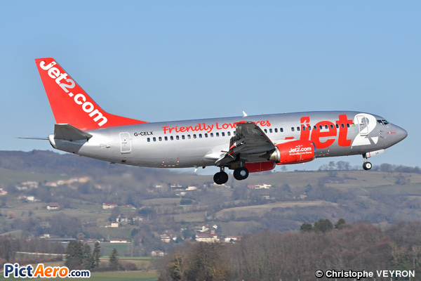 Boeing 737-377/QC (Jet2.com)