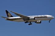 Boeing 777-212/ER (9V-SVM)