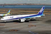 Boeing 777-281 (JA701A)