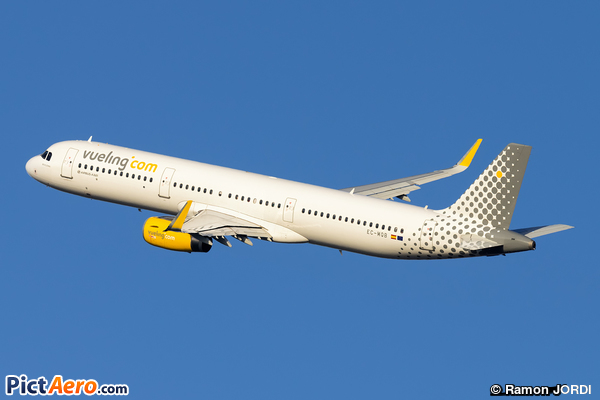 Airbus A321-231/WL (Vueling Airlines)