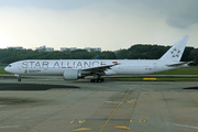 Boeing 777-312/ER (9V-SWJ)