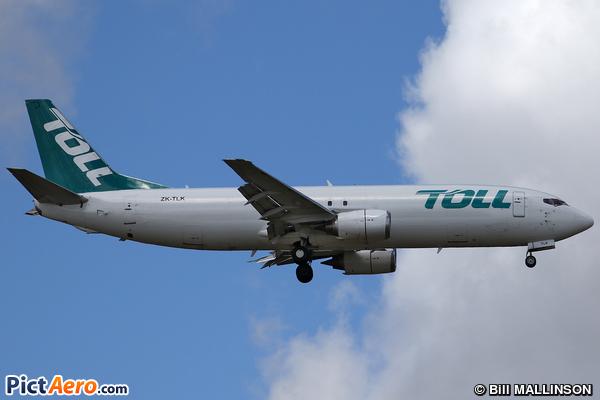 Boeing 737-476/SF (Airwork New Zealand)