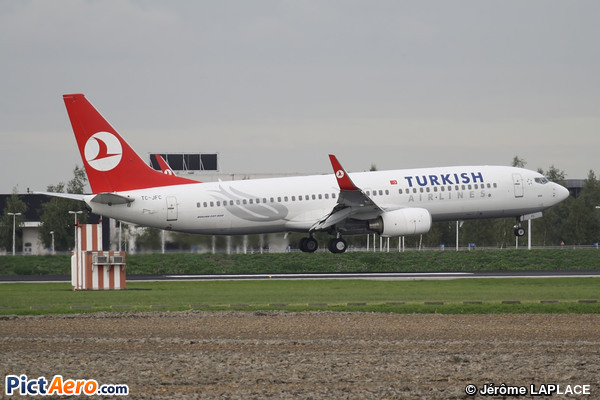 Boeing 737-8F2 (Turkish Airlines)