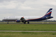 Airbus A321-211 (VP-BWN)