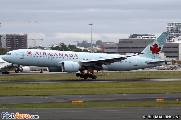 Boeing 777-233/LR (Air Canada)