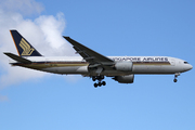 Boeing 777-212/ER (9V-SQL)