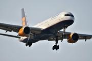 Boeing 757-208 (TF-FII)