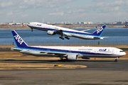 Boeing 777-381 (JA755A)