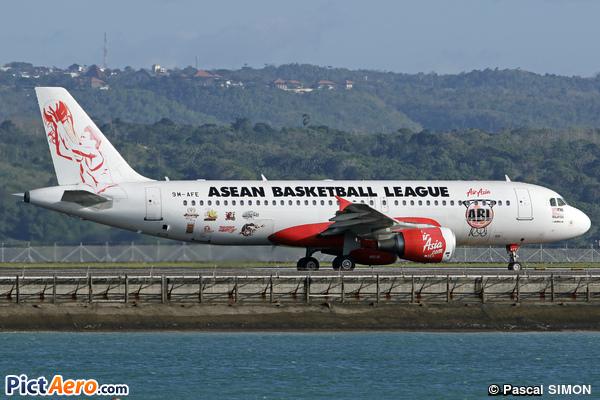 Airbus A320-214 (Air Asia)