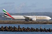 Boeing 777-31H/ER (A6-EBA)