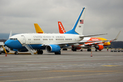 Boeing C-40B/BBJ (737-7CP) Clipper (01-0041)