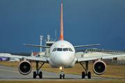 Airbus A319-111 (G-EZAX)