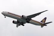 Boeing 777-312/ER (9V-SWU)