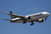 Boeing 777-212/ER (9V-SVC)