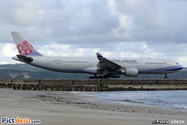 Airbus A330-302 (China Airlines)