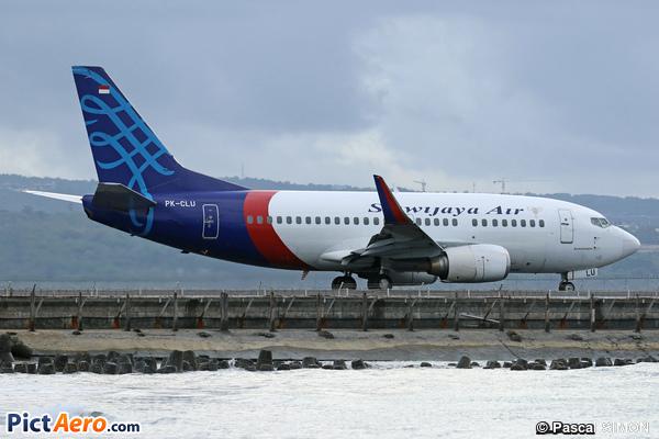 Boeing 737-524/WL (Sriwijaya Air)