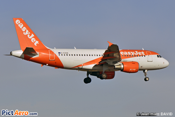 Airbus A319-111 (easyJet)