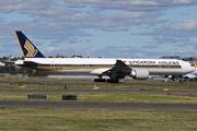 Boeing 777-312/ER (9V-SWE)