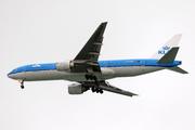 Boeing 777-206/ER (PH-BQO)