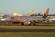 Airbus A321-231 (VH-VWW)