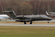 Learjet 75 (G-USHA)