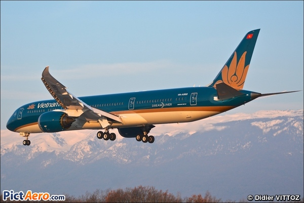 Boeing 787-9 Dreamliner (Vietnam Airlines)