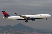 Airbus A330-323X (N810NW)
