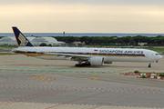 Boeing 777-312/ER (9V-SWG)