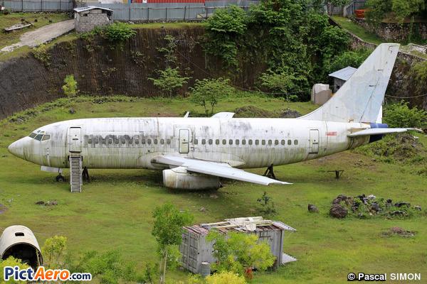 Boeing 737-2E7/Adv (Mandala Airlines)