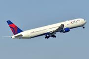 Boeing 767-432/ER (N842MH)