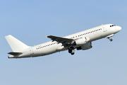 Airbus A320-214 (LY-FOX)