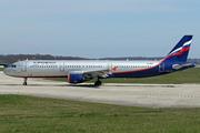 Airbus A321-211 (VP-BQX)