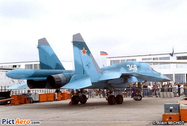 Sukhoï Su-32FN Fulback (Sukhoi Design Bureau)