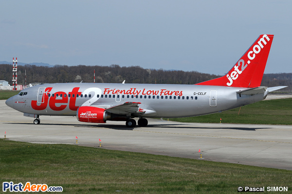 Boeing 737-377 (Jet2.com)