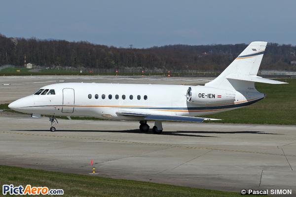 Dassault Falcon 2000EX (Global Jet Austria)