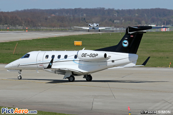 Embraer 505 Phenom 300 (Speedwings Executive Jet)