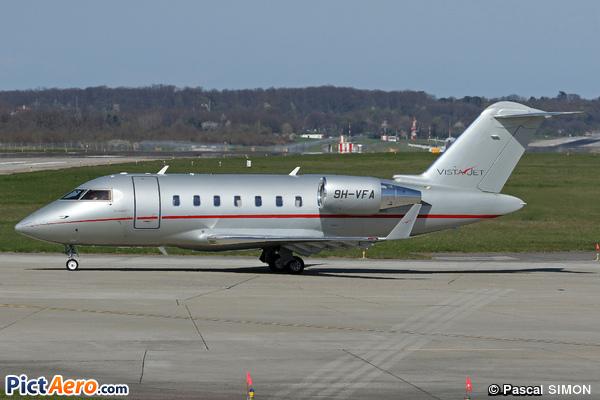Canadair CL-600-2B16 Challenger 605 (VistaJet Ltd Malta)