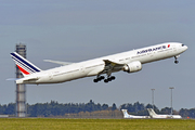 Boeing 777-328/ER (F-GZNJ)