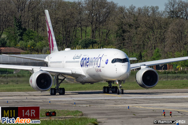 Airbus A350-941 (Qatar Airways)