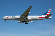 Boeing 777-223/ER (N766AN)