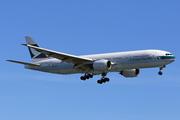 Boeing 777-267 (B-HNC)
