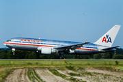 Boeing 767-223/ER (N317AA)