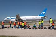 Boeing 787-9 Dreamliner (EC-MTI)