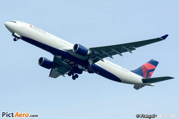 Airbus A330-323E (Delta Air Lines)
