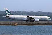 Boeing 777-267 (B-HNB)