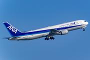 Boeing 767-381/ER (JA617A)