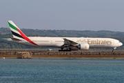 Boeing 777-31H/ER (A6-ENF)