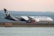 Boeing 787-9 Dreamliner (ZK-NZJ)